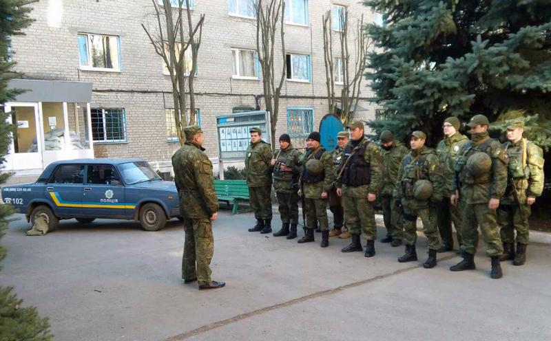 Забезпечувати охорону публічної безпеки громадян на вихідних будуть близько 100 поліцейських Покровської оперзони, фото-10
