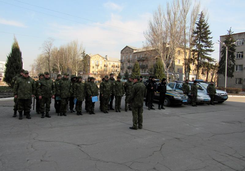 Забезпечувати охорону публічної безпеки громадян на вихідних будуть близько 100 поліцейських Покровської оперзони, фото-1