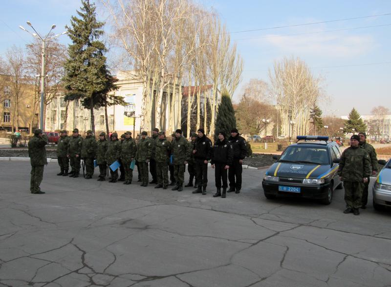 Забезпечувати охорону публічної безпеки громадян на вихідних будуть близько 100 поліцейських Покровської оперзони, фото-3