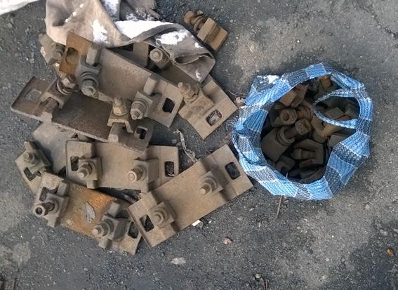 Расхитители деталей железнодорожного полотна задержаны полицейскими Покровска «на горячем», фото-2