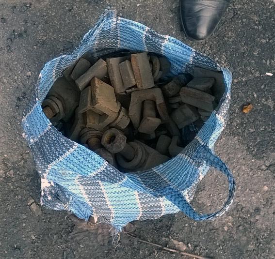 Расхитители деталей железнодорожного полотна задержаны полицейскими Покровска «на горячем», фото-3