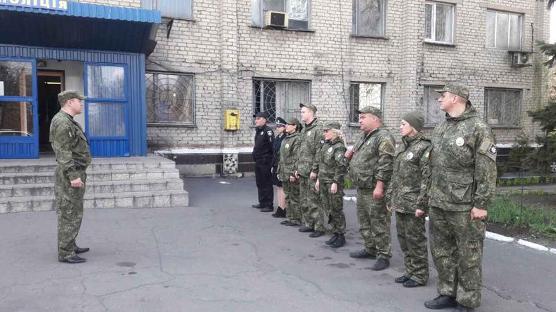 На варті правопорядку: наряди поліції Покровської оперативної зони заступили на чергування «вихідного дня», фото-6