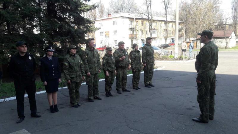На варті правопорядку: наряди поліції Покровської оперативної зони заступили на чергування «вихідного дня», фото-7