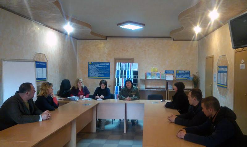 Поліцейські Мирнограду взяли участь у профорієнтаційному семінарі в місцевому центрі зайнятості, фото-1
