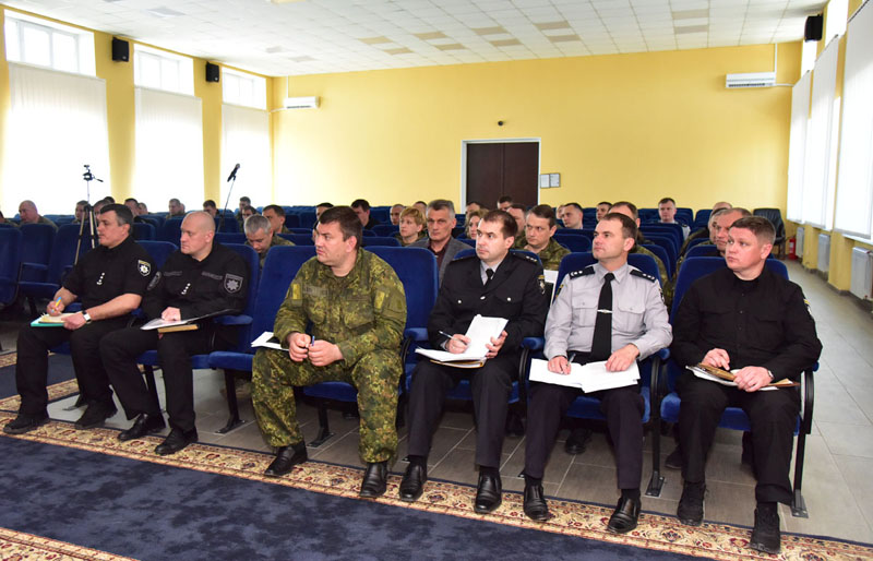 Поліція Донеччини розпочала підготовку до посилених заходів безпеки 9 травня та перевірку деяких підрозділів, фото-2