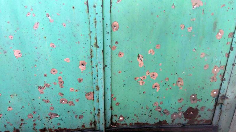 У Авдіївці снарядами терористів пошкоджено 3 будинки, поранено двоє місцевих жителів, фото-5