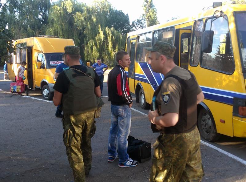 Правоохоронці Покровської оперативної зони несуть службу в посиленому режимі (ФОТОРЕПОРТАЖ), фото-7