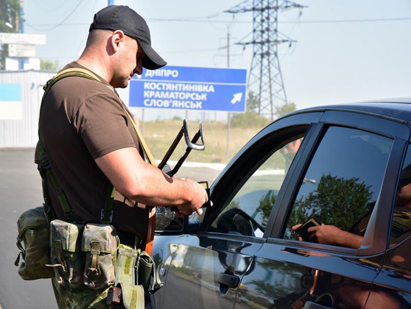 Правоохоронці Покровської оперативної зони несуть службу в посиленому режимі (ФОТОРЕПОРТАЖ), фото-9