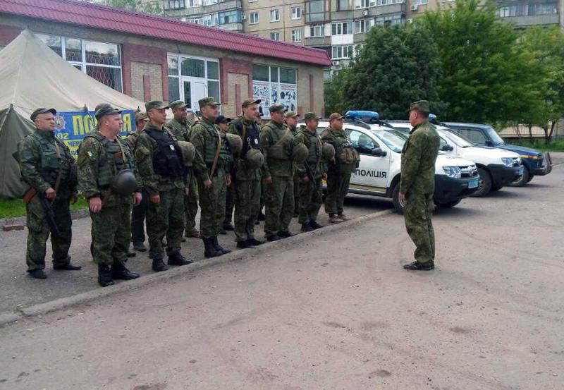 У Покровській оперативній зоні пройшов традиційний публічний інструктаж поліцейських, фото-10
