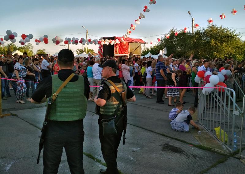 Мешканці та гості Покровська і Авдіївки відсвяткували День металурга і гірника у повній безпеці, фото-17