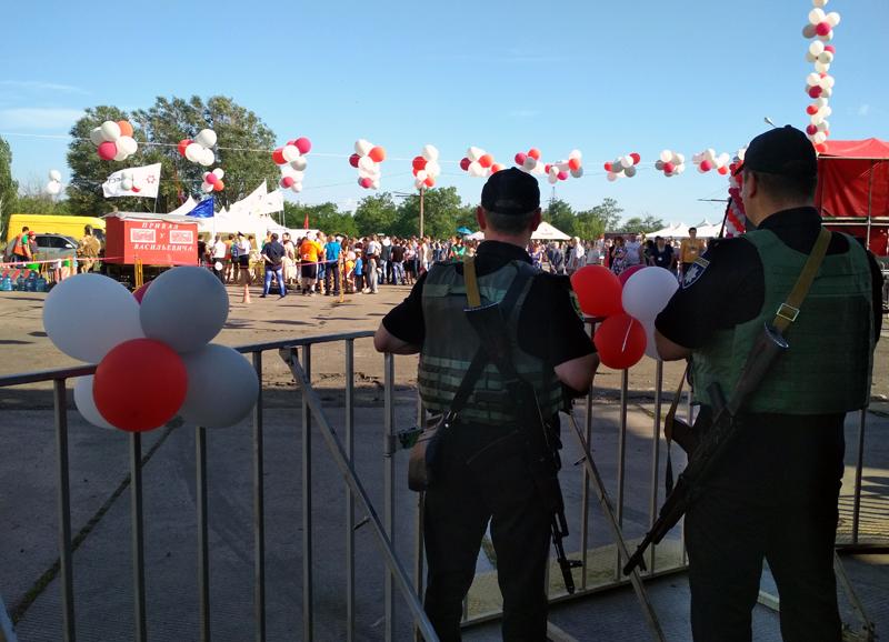 Мешканці та гості Покровська і Авдіївки відсвяткували День металурга і гірника у повній безпеці, фото-22