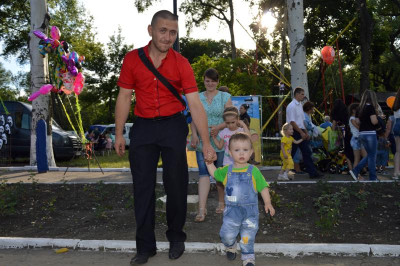 Мешканці та гості Покровська і Авдіївки відсвяткували День металурга і гірника у повній безпеці, фото-13