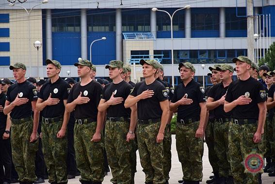 У Маріуполі 101 поліцейський присягнув на вірність українському народові, фото-8
