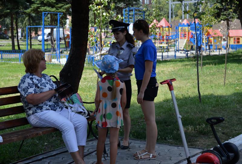 Покровські лігівці закликають батьків бути пильними і не залишати маленьких дітей без нагляду, фото-2