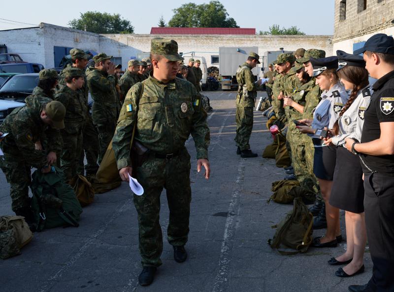 Сегодня день занятий Покровского отдела полиции начался с «Тревоги», фото-1