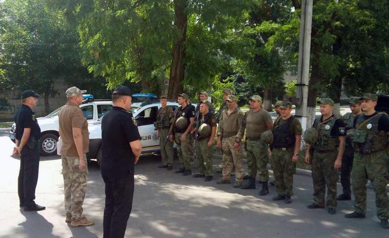 У Покровській оперативній зоні пройшов традиційний публічний інструктаж поліцейських, фото-8