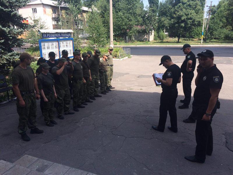 У Покровській оперативній зоні пройшов традиційний публічний інструктаж поліцейських, фото-12