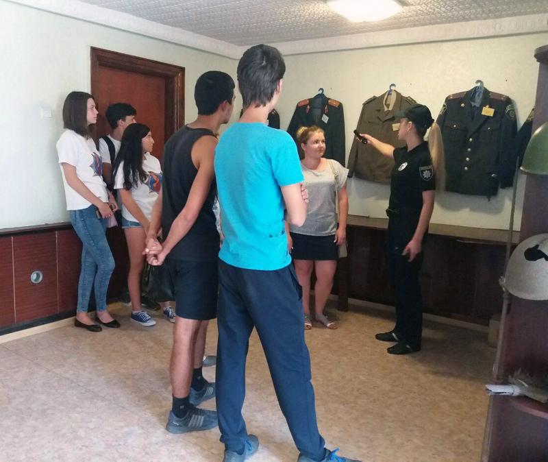 Неповнолітні правопорушники побували в ізоляторі тимчасового тримання Добропільської поліції, фото-4