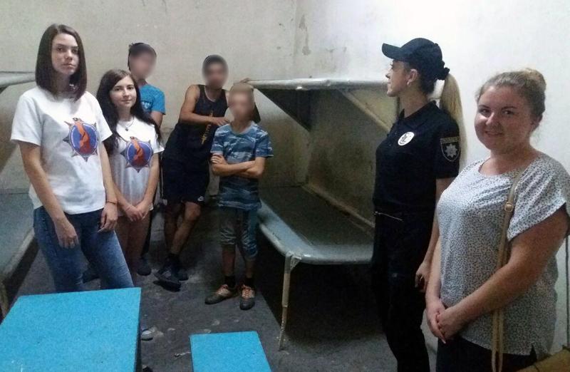 Неповнолітні правопорушники побували в ізоляторі тимчасового тримання Добропільської поліції, фото-5