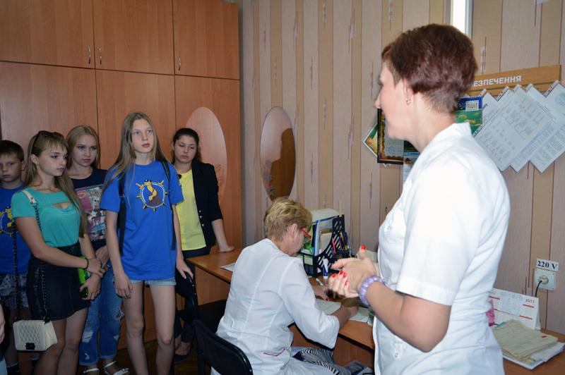 Учасники «Ліги майбутніх поліцейських» відвідали Покровський наркологічний диспансер, фото-3