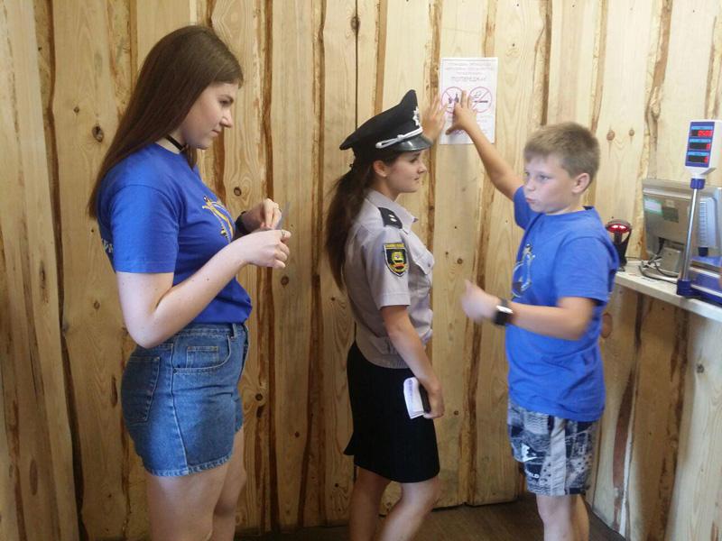 Покровские лиговцы вместе с полицейскими провели рейд против продажи алкоголя несовершеннолетним, фото-5