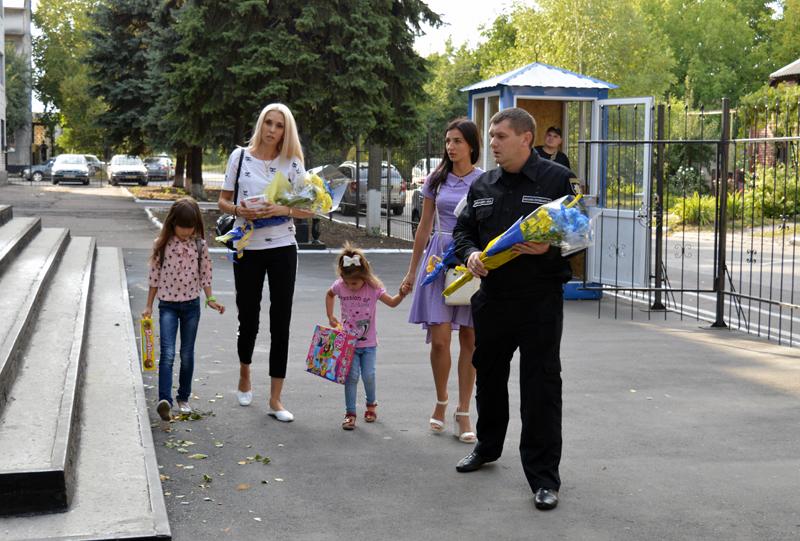 Керівник Покровської поліції зустрівся із родичами загиблих співробітників, які відділи життя заради безпеки та спокою громадян, фото-3