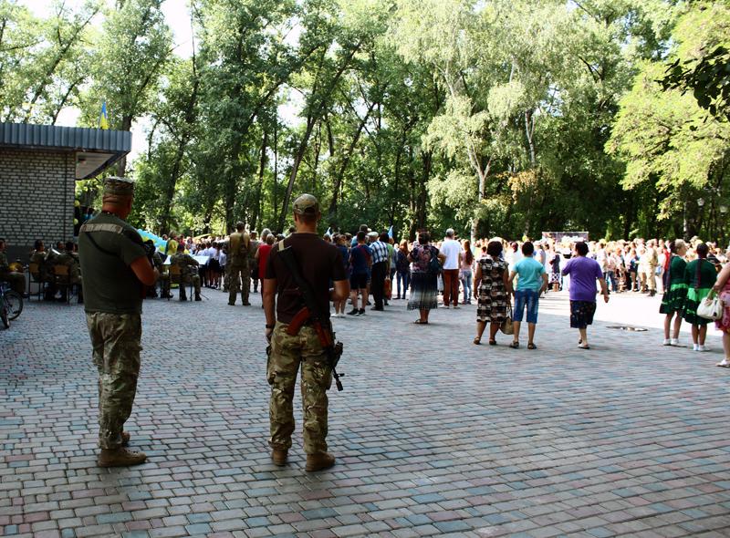Правоохоронці Покровська забезпечують правопорядок у містах під час святкування Дня незалежності України, фото-15