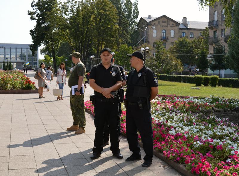 Правоохоронці Покровська забезпечують правопорядок у містах під час святкування Дня незалежності України, фото-6
