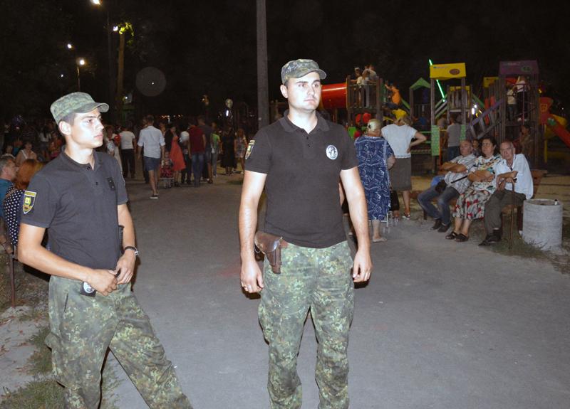 Правоохоронці Покровської оперативної зони забезпечили публічну безпеку під час святкування Дня міста і Дня шахтаря, фото-6