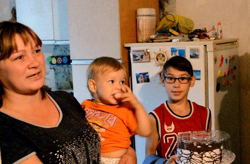 Руководство Покровского отдела полиции поздравило детей прифронтовой Авдеевки с наступающим учебным годом, фото-4