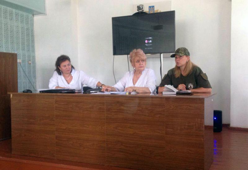 Правоохранители Доброполья рассказали медикам как защитить себя от мошенников, фото-1