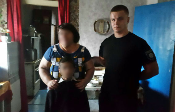 У рамках профілактичної кампанії із захисту дітей поліцейські Донеччини відвідали близько 200 шкіл, фото-10