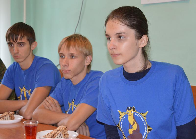Участники «Лиги будущих полицейских» поделились новейшими идеями с Покровскими правоохранителями, фото-4