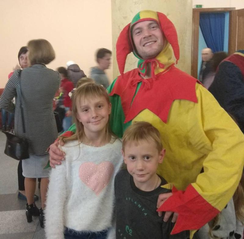 На выходных дети покровских правоохранителей посетили интересный и яркий спектакль, фото-4