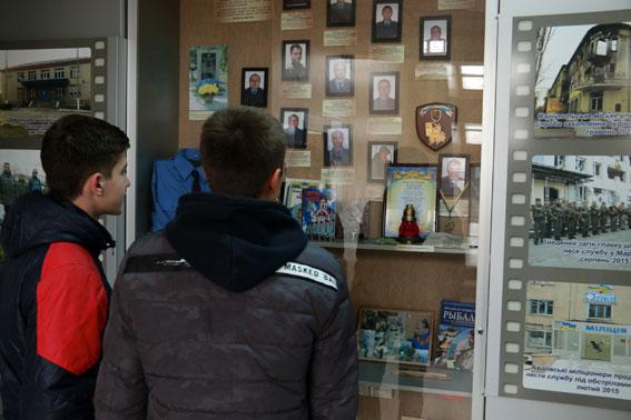 Канікули з поліцейськими: у ГУНП в Донецькій області приймали 40 старшокласників з Покровська, фото-3