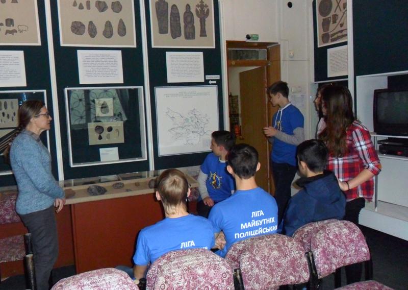 Будущие полицейские посетили Покровский исторический музей, фото-1