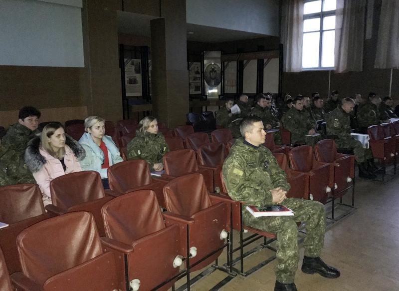 За 10 місяців 2017 року правоохоронці Покровської оперзони обробили майже 45 тисяч звернень громадян, фото-10