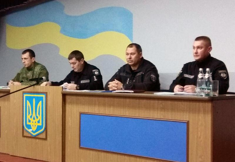 За 10 місяців 2017 року правоохоронці Покровської оперзони обробили майже 45 тисяч звернень громадян, фото-5