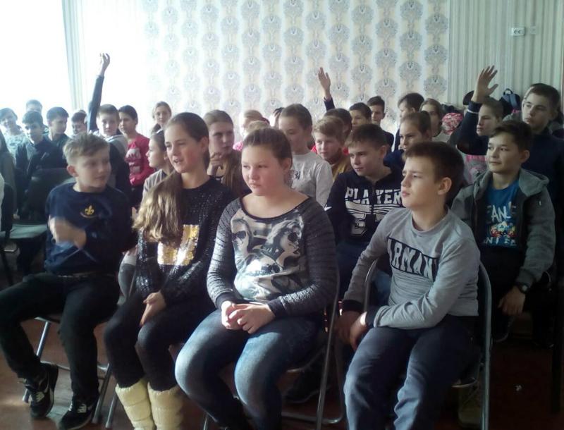 Полицейские Покровска рассказали школьникам о главных положениях Конвенции ООН о правах ребенка, фото-5