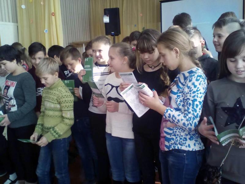 Полицейские Покровска рассказали школьникам о главных положениях Конвенции ООН о правах ребенка, фото-6