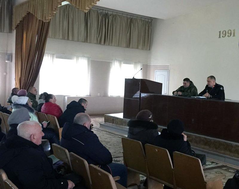 Руководство полиции Доброполья совместно с руководителями комитетов самоорганизации населения наметили пути сотрудничества, фото-1