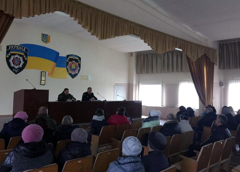 Руководство полиции Доброполья совместно с руководителями комитетов самоорганизации населения наметили пути сотрудничества, фото-2