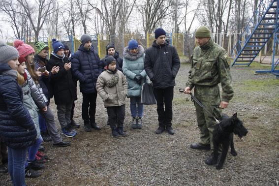 Канікули з поліцейськими: молодь Донеччини побачила, як працюють інтелектуальні технології безпеки, фото-8