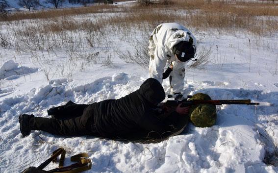 Співробітники превентивної поліції Донеччини пройшли тренування від спецпідрозділу КОРД на полігоні, фото-10