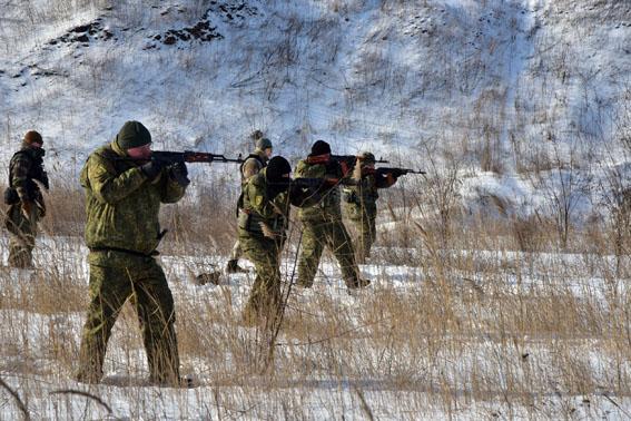 Співробітники превентивної поліції Донеччини пройшли тренування від спецпідрозділу КОРД на полігоні, фото-3