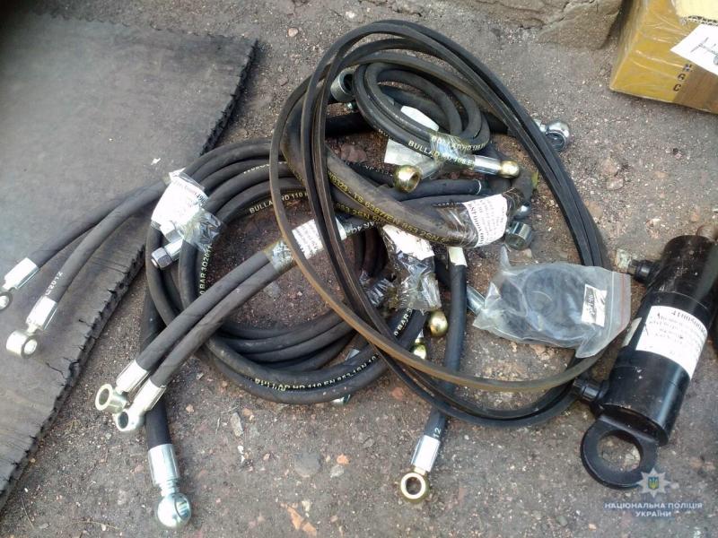 Добропольские правоохранители задержали двух воров, которые пытались совершить кражу прямо на рабочем месте, фото-3