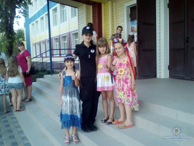 Покровські поліцейські провели ранкову зарядку для дітей, фото-6