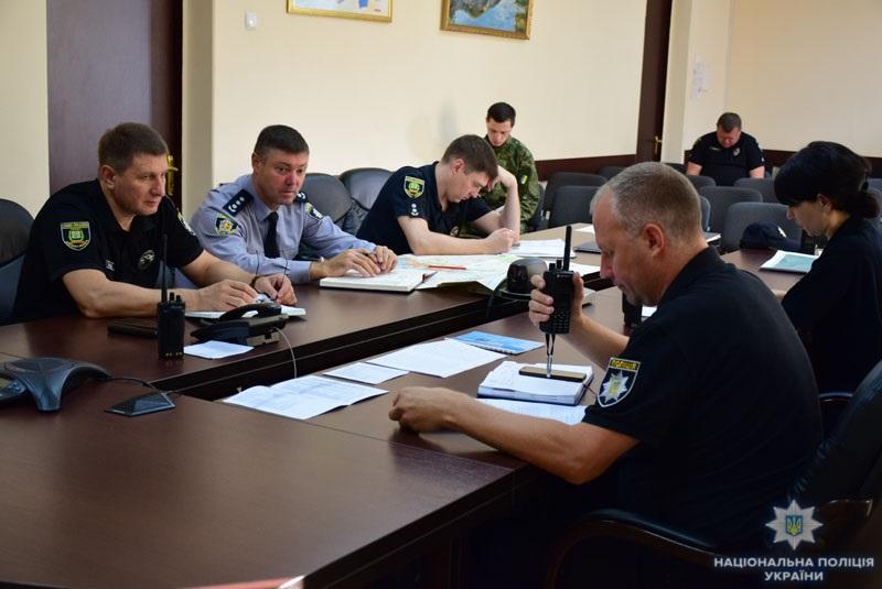 На Донеччині поліцейські та військовослужбовці відпрацювали тактику знешкодження диверсійної групи, фото-3