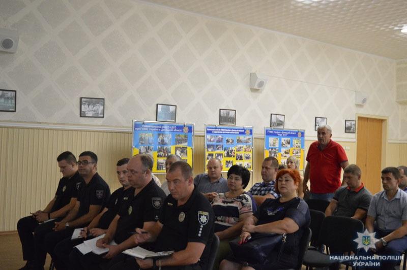 На Донеччині визначено напрямки співпраці поліції та перевізників регіону з метою попередження ДТП, фото-7