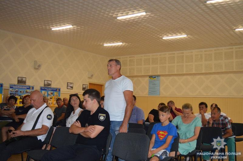 На Донеччині визначено напрямки співпраці поліції та перевізників регіону з метою попередження ДТП, фото-8